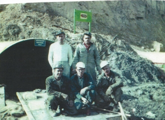 Outside #2 U.G. Mine- Front Row L t oR = Troy Sizemore, Chas Mitchell, Raymond Bundy,. Back Row = L to R = Pappy McFarland, Garrett Daniels.