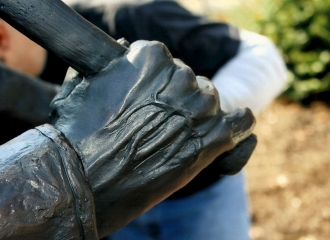 Up close picture of the right hand of the statue. You can see the veins in his hand, little pinky finger is partially missing. October 18, 2013.